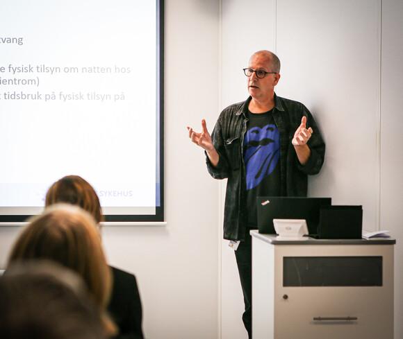 Niklas Dimitri Halseide er prosjektleder i StaySafe og seksjon for e-helse ved Sørlandet Sykehus.